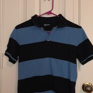 Gap kids light blue and navy striped polo!
